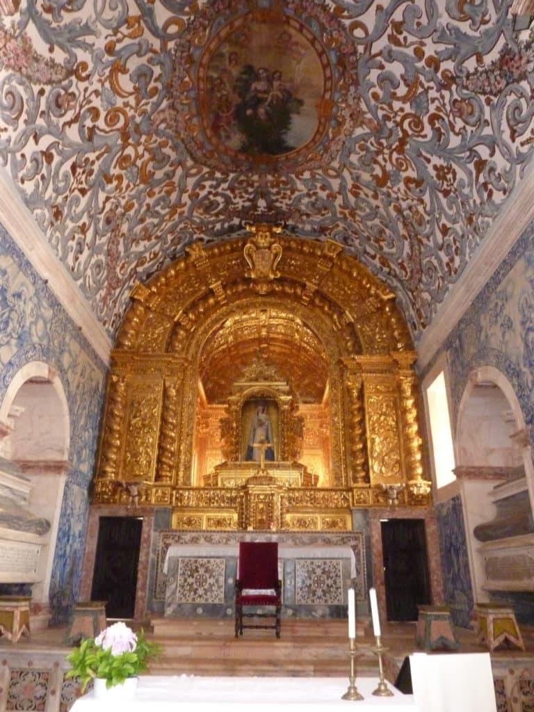 Le Convento Espinheriro à Evora, un joyau du Portugal historique